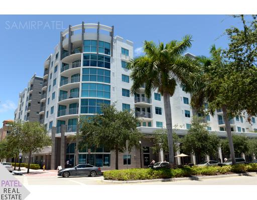 Cosmopolitan South Beach Condos
