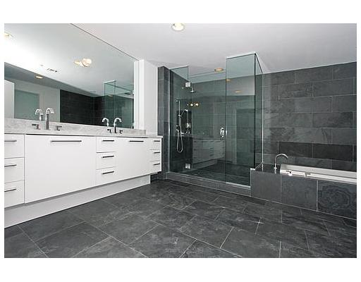 900 Biscayne Bay Penthouse Bathroom