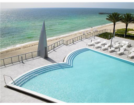 Jade Ocean Swimming Pool
